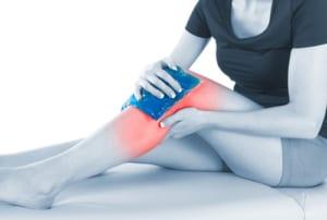 膝の水たまりは変形性膝関節症の症状