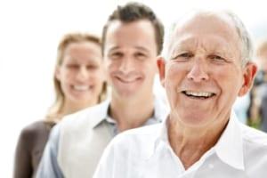 変形性膝関節症の脂肪幹細胞治療は高齢者にも有効