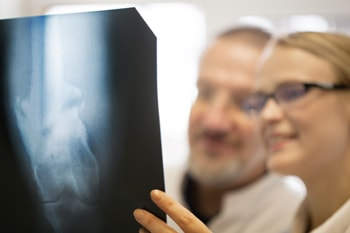 幹細胞に期待できる変形性膝関節症の改善効果
