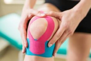 膝痛のテーピング
