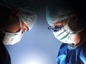 人工関節置換術を行う病院の選び方